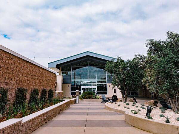 San Luis Airport Exterior 2